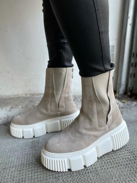 NILA & NILA Plateau-Chelsea Boots